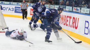 """Хоккеисты """"Динамо-Минск"""" победили """"Слован"""" и прервали серию из четырех поражений."""