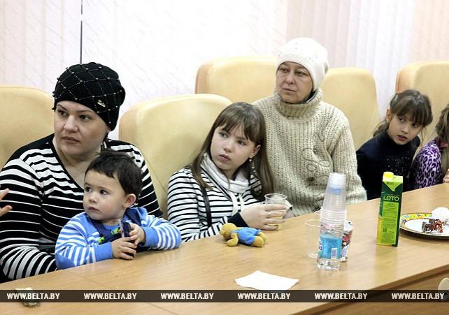 Жан-Ив Бушарди встретился с беженцами в Витебске
