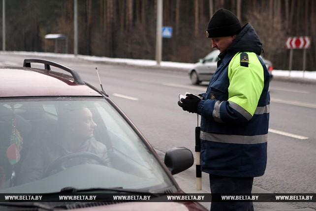 Сотрудники ГАИ провели рейд по проверке техосмотра в Минске