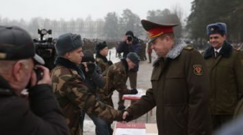 Более 2,4 тыс. новобранцев приняли присягу в учебном центре в Борисове