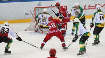 Хоккейная команда Президента Беларуси одержала третью победу на Республиканском любительском турнире