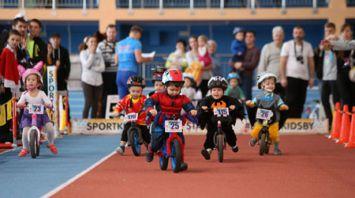 В Минске прошли международные детские соревнования на беговелах