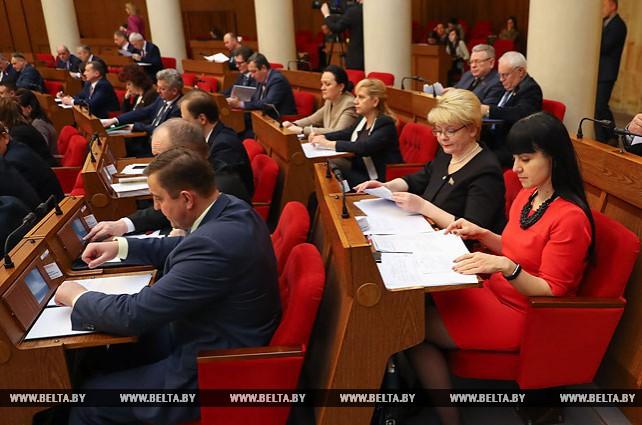 Белорусские депутаты приняли во втором чтении проект республиканского бюджета-2018