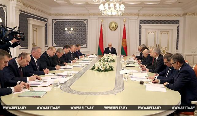 Новая редакция декрета №3 должна быть приземленной и сбалансированной - Лукашенко
