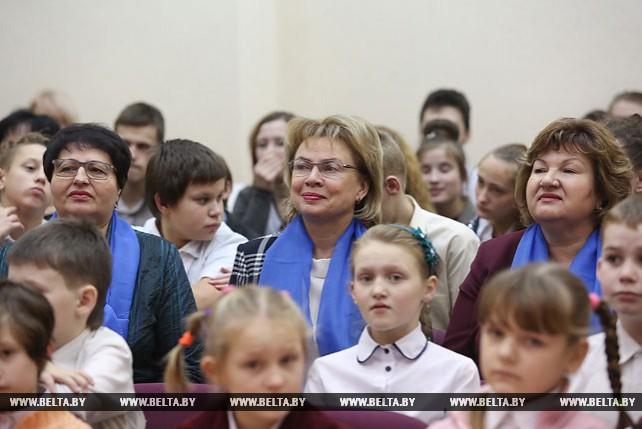 """Белорусский союз женщин принял участие в акции """"Наши дети"""""""