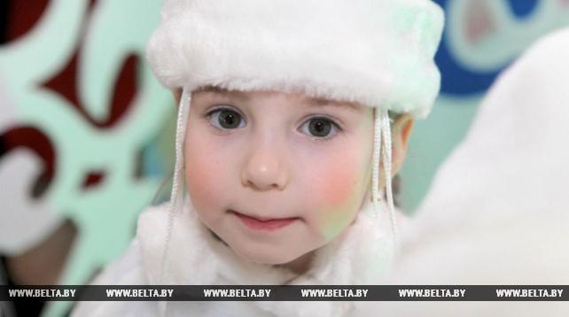 Более 1400 детей были приглашены на областной новогодний праздник в Гомеле