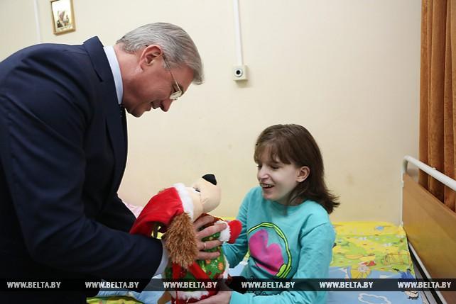 """Малашко принял участие в акции """"Наши дети"""""""