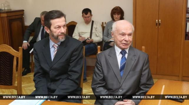 Кравцов провел прием граждан по личным вопросам