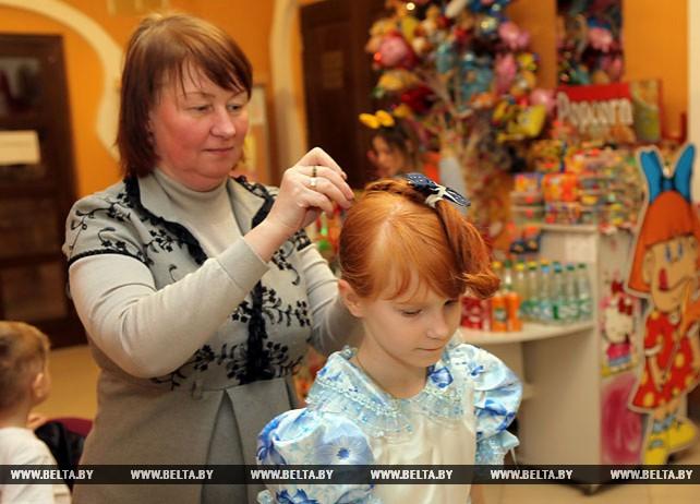 На рождественскую Архиерейскую елку в Гомеле приглашены более 500 детей