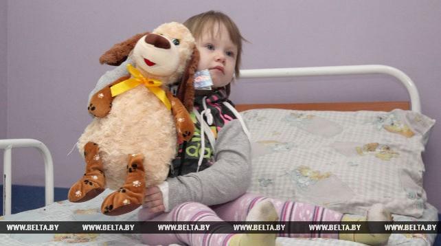 Пациенты Могилевской областной детской больницы получили новогодние подарки от Президента