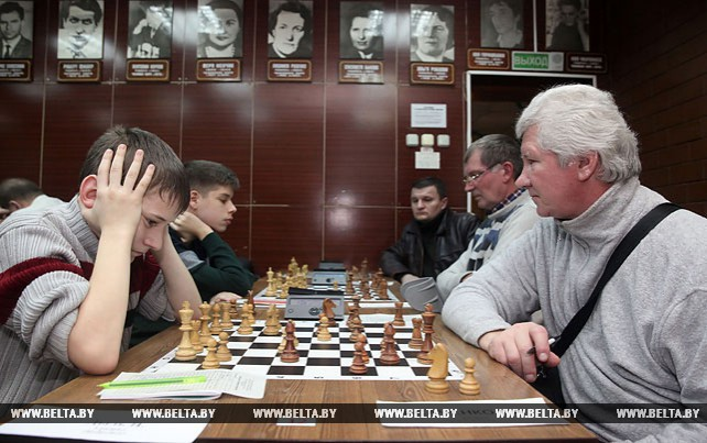 Первенство области по шахматам среди юношей и девушек проходит в Могилеве