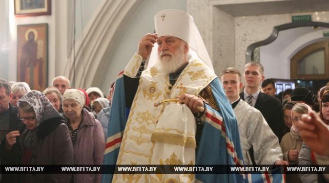 Рождественское богослужение в Свято-Духовом кафедральном соборе Минска