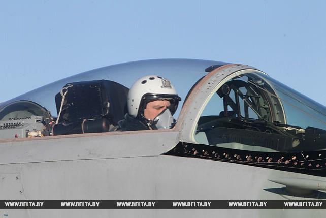 Плановые полеты на истребителях МиГ-29 проходят на 61-й авиабазе