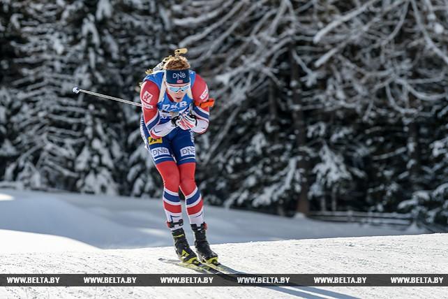 Йоханнес Бё победил в спринте на шестом этапе КМ по биатлону в Антхольце