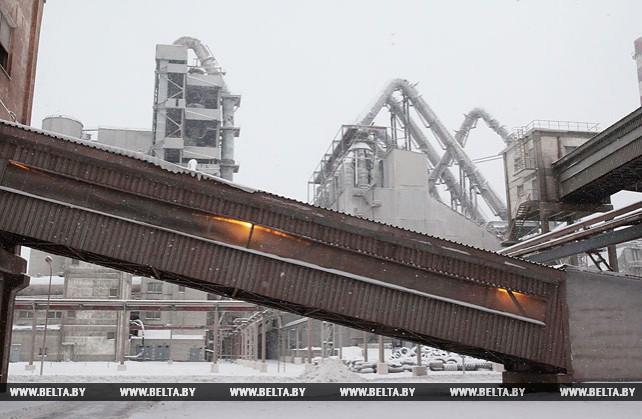 """""""Белорусская цементная компания"""" в 2017 году увеличила экспорт цемента более чем на 42%"""