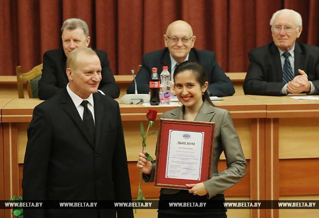 В НАН наградили лучших пишущих о науке журналистов