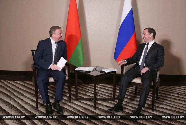 Кобяков и Медведев обсудили в Алматы перспективы белорусско-российского сотрудничества