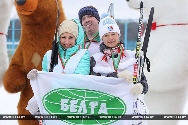"""Сотрудники БЕЛТА заняли третье место в лыжной эстафете на празднике """"Мы выбираем спорт"""""""