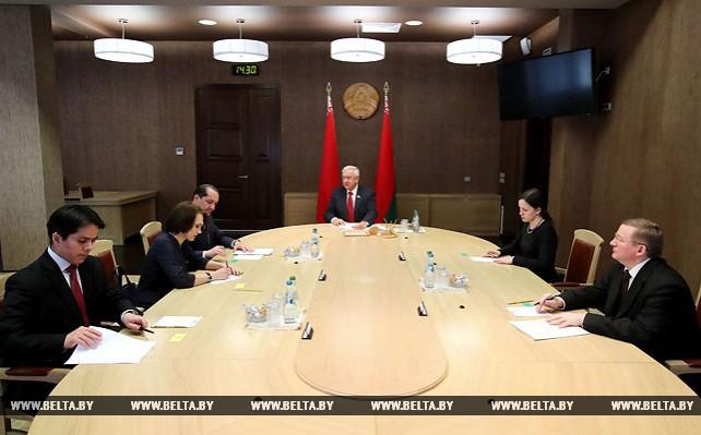 Мясникович встретился с послом Эквадора