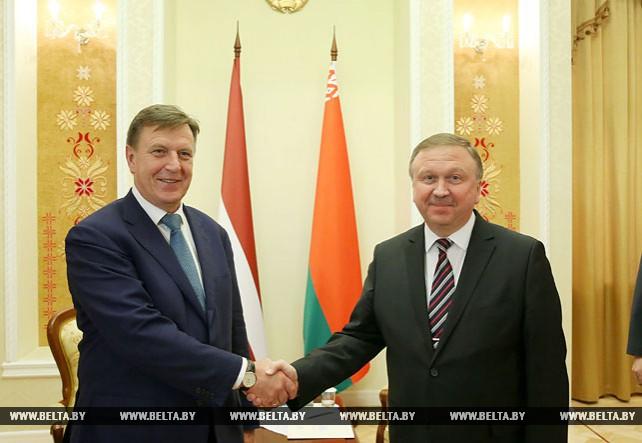 Андрей Кобяков провел встречу с Марисом Кучинскисом
