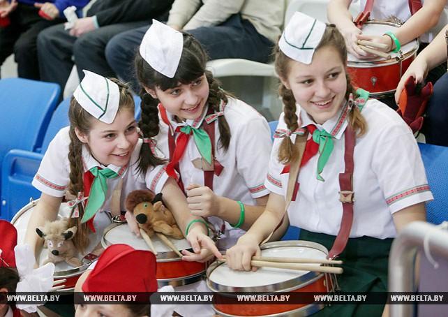 Республиканский конкурс пионерских парадно-церемониальных отрядов прошел в Минске