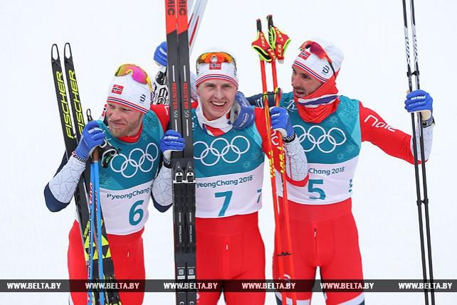 Норвежские лыжники заняли весь олимпийский пьедестал в мужском скиатлоне