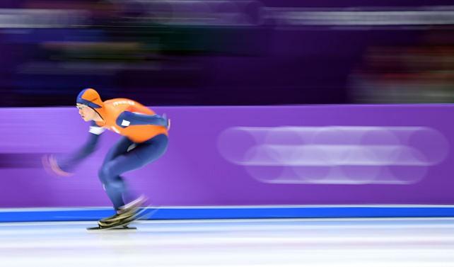 Конькобежец Свен Крамер из Нидерландов стал олимпийским чемпионом на дистанции 5000 м