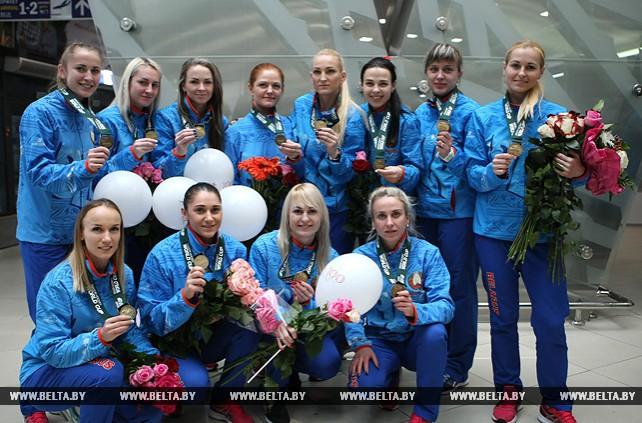 Женская сборная по хоккею на траве привезла бронзу с Кубка мира в Берлине