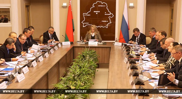 Союзные парламентарии обсуждают в Гомеле законодательное обеспечение торгово-экономического сотрудничества