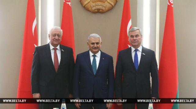 Мясникович и Андрейченко встретились с премьер-министром Турции