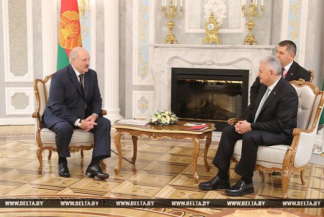 Александр Лукашенко встретился с премьер-министром Турции Бинали Йылдырымом