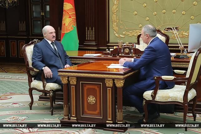 Лукашенко принял с докладом Сергея Румаса