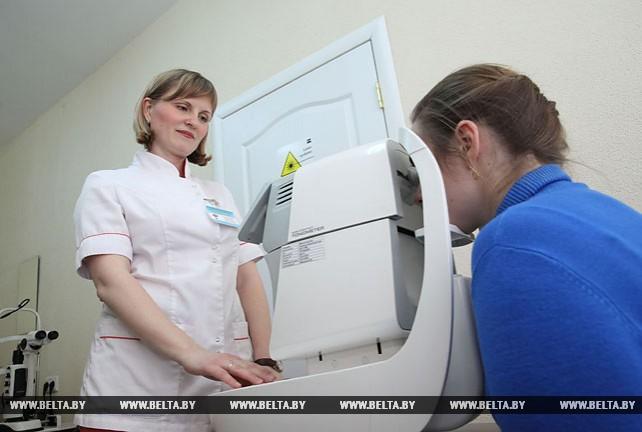 Операции по лазерному укреплению сетчатки глаза начали делать в Могилевской больнице скорой помощи