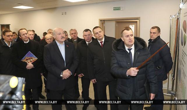 Лукашенко посетил Слуцкий дрожжевой завод