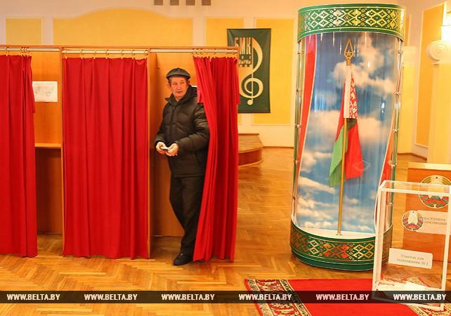 Голосование на выборах депутатов местных Советов идет в Бресте