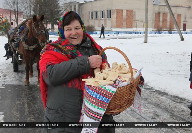 """В Лельчицком районе провели обрядовый праздник зазывания весны """"Чырачка"""""""