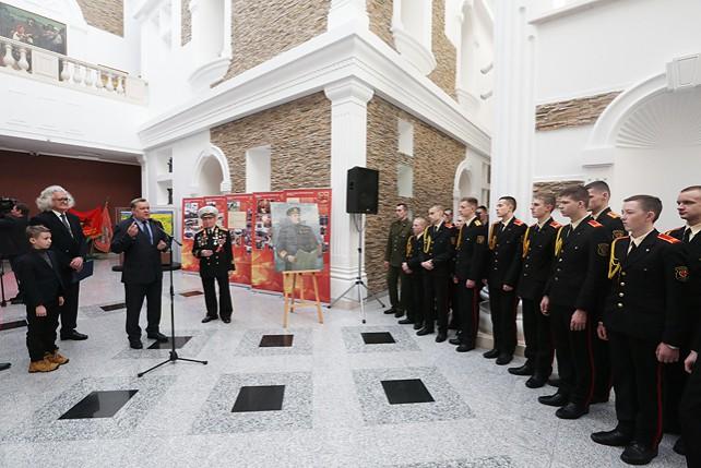 Выставку к столетию Вооруженных Сил Беларуси подготовили НХМ и Государственный музей военной истории