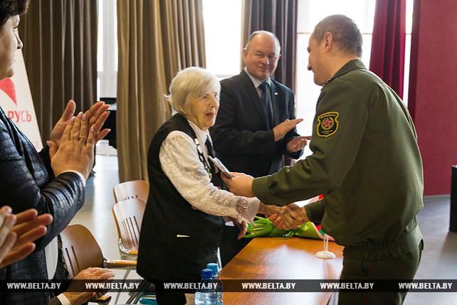 В Бресте наградили ветеранов, участвовавших в сражениях за Сталинград