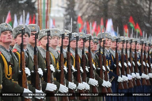 Церемония возложения венков к монументу Победы состоялась в Минске