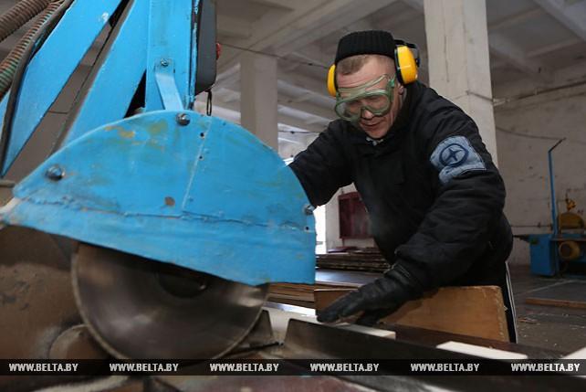 В Новогрудском ЛТП помогают избавиться от зависимости и получить специальность