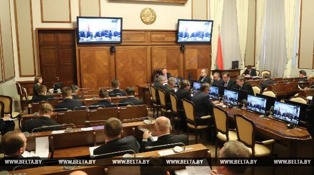 Кобяков провел заседание Президиума Совмина