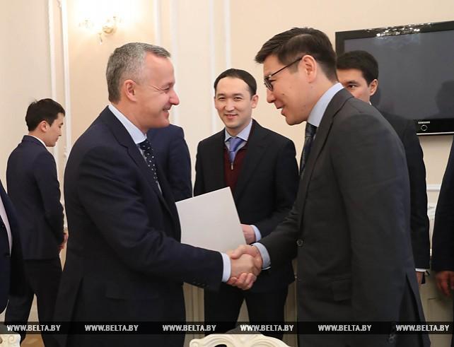 Матюшевский встретился с заместителем премьер-министра Казахстана