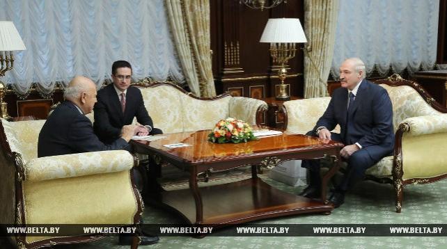 Лукашенко обсудил с главой ЕОК подготовку к II Европейским играм