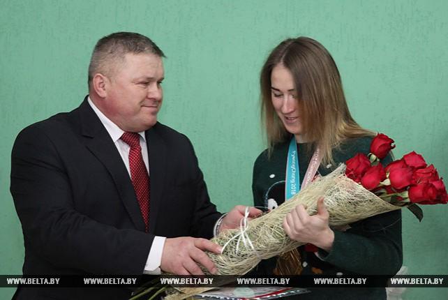 Динара Алимбекова посетила Могилевское училище олимпийского резерва