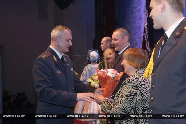 Сотрудникам органов внутренних дел Минска вручены ключи от 45 арендных квартир