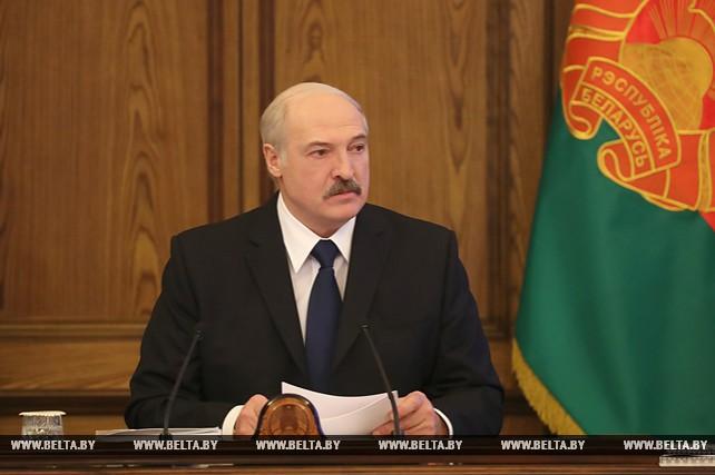 Лукашенко обсудил с правительством экономическое развитие Беларуси