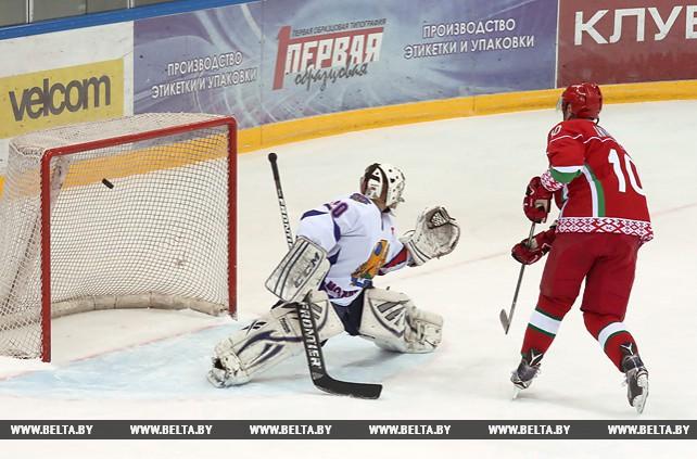 Хоккейная команда Президента одержала пятую победу на XI Республиканском любительском турнире