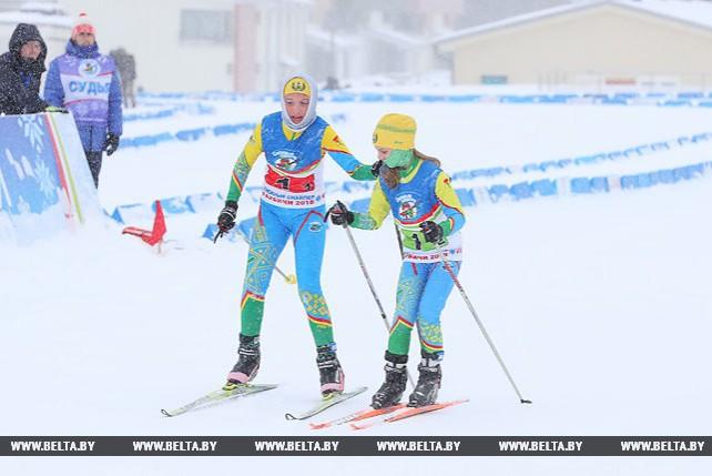 """Юные биатлонисты Могилевской области победили в смешанной эстафете на """"Снежном снайпере"""""""