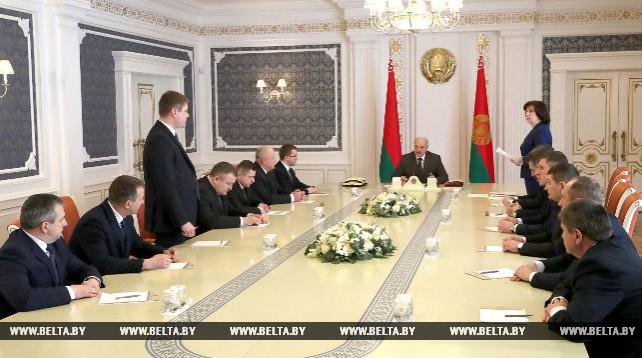 Лукашенко ориентирует местную власть на развитие экономики регионов