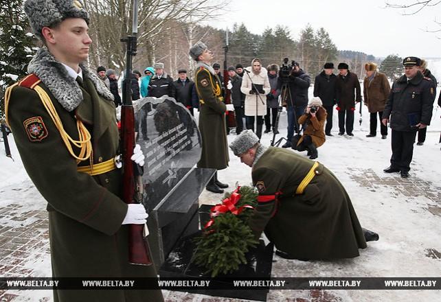 Церемония перезахоронения неизвестного солдата прошла в Могилевском районе